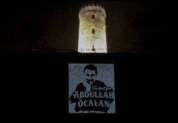 Öcalan-Lichtprojektion in Bielefeld