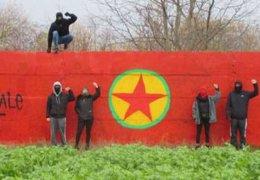 Wandbild und Aufkleber zum PKK-Jubiläum