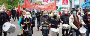 Kapitalist sömürüye karşı binler buluştu