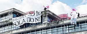 AİHM binasında sivil itaatsizlik eylemi