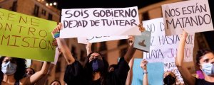 İspanya cinsiyetçi şiddete karşı durdu