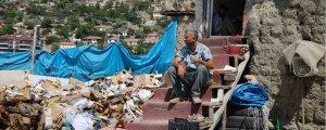 Atık kağıt işçilerinin çöpüne de göz diktiler