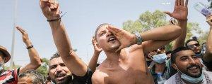 Tunus'da otoriterleşme eleştirisi