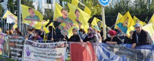 Kürt kadınları NATO'yu protesto etti