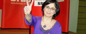 Akbayır, Türkiye'de rehin tutuluyor