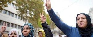 YJK-E'den 'Diktatörün yargılanması' kampanyasına destek