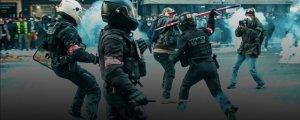 Şiddeti protesto ederken şiddet gördüler