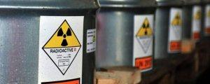 İran uranyum zenginleştirmeye başladı
