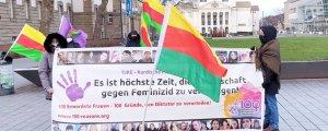 """Duisburg'da """"Diktatörü yargıla"""" eylemi"""