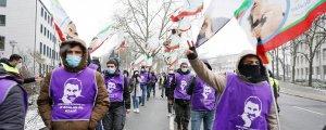 Eylemciler Darmstadt'tan geçti