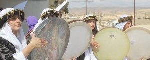 Dengê jinan li meydanên Kurdistanê
