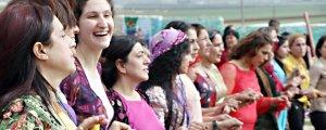 Rojeke jinan mîna Newrozê