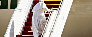Papa, Vatikan'a döndü