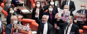 'Berxwedan Jiyan e' HDP yalnız değildir!