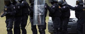 Batı'da polis yetkisi arttırılıyor