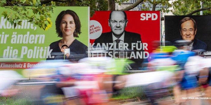 Seçim ardından koalisyon görüşmeleri başladı