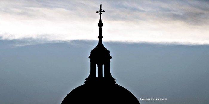 Fransa Katolik kiliselerinde cinsel şiddet skandalı
